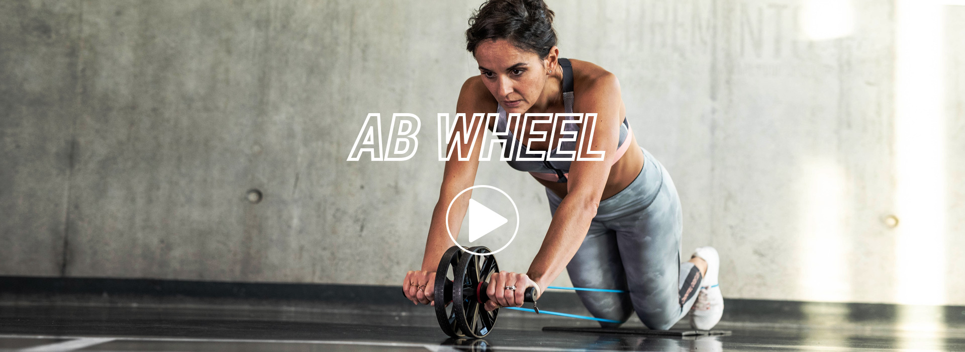 EXERCICES-MUSCULATION-ROUE_ABDOMINAUX-VIDEO